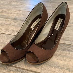 Steve Madden Wedges: Contrary Brown sz 8